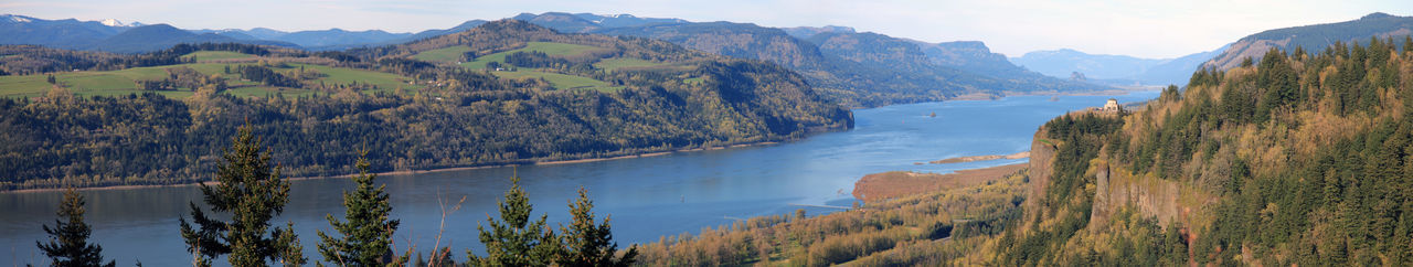 Panorama of Columbia Gorge at Crown Point Column Crown Point Gorgeous Oregon Pacific Northwest  Panorama Portland