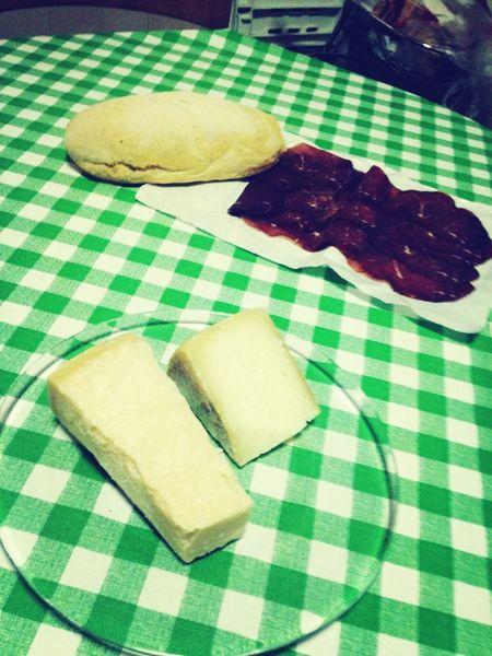 italia Grana Padano Tuscany Hanging Out Hamburger