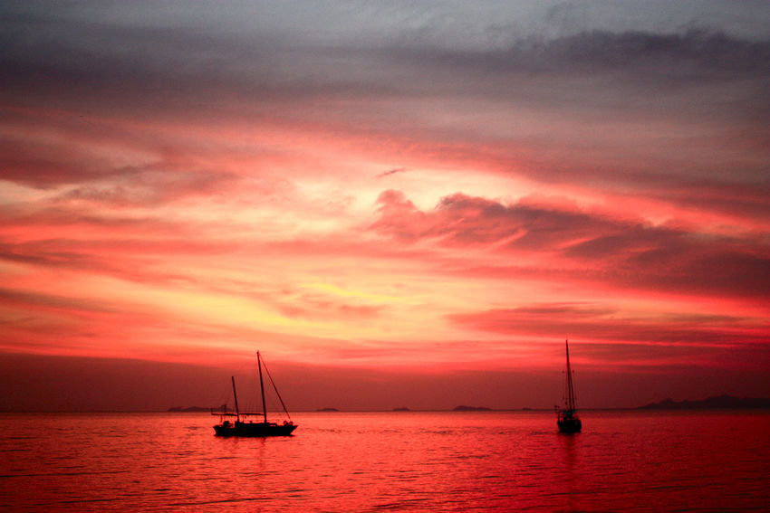 Romantic evening at the Gulf of Siam Abendstimmung Am Meer Beauty In Nature Cloud - Sky Dramatic Sky Moody Sky Nature Nautical Vessel No People Orange Color Outdoors Romantic Sky Sailing Sailing Ship Scenics Sea Silhouette Sky Sunset Tranquil Scene Tranquility Tropical Evenings Water