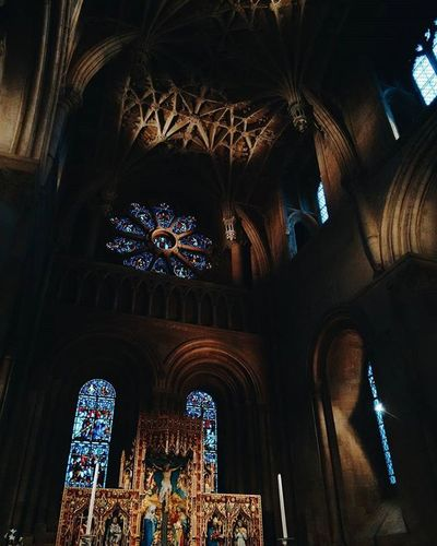 Christ Church cathedral, not to be confused with the one in Dublin. Harrypotter Oxford Uk Uniofoxford Travelgram Lighting Shadows Contrast Church Christian Magic VSCO Vscocam Vscotravel Wanderlust Travel Pixelpanda Archilovers Architecture Lookingup