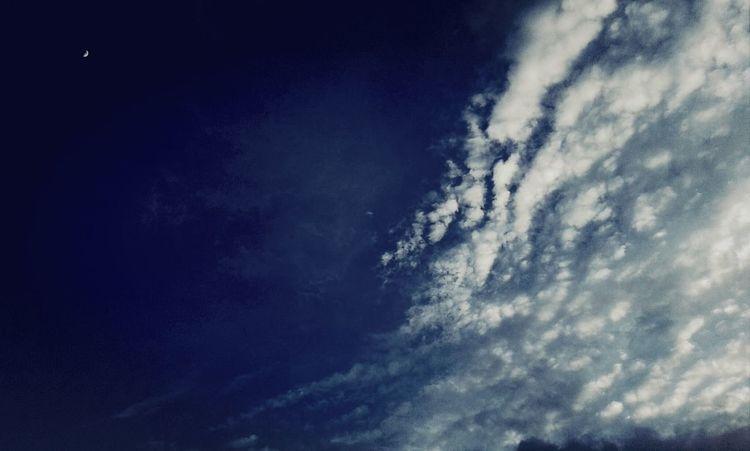 ค่ำคืนที่แสนเหงาเมื่อต้องอยู่คนเดียว.=_=