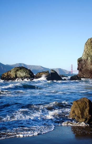 Amazing that in such a populated city, you can have these amazingly silent moments. Golden Gate Bridge from Lands End. Nature California Beach Ocean Architecture EyeEm Best Shots in San Francisco