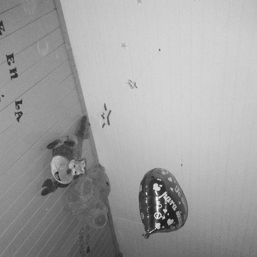 desperté, y tengo muchas cosas que hacer:( 1.- Portafolio expresión 2.- Caja sorpresa Material Didáctico 3.-Revista Historia 4.-portafolio Familia 5.-portafolio recreativas 6.-portafolio higiene algo poco para un domingo chao:c Instachile L4l F4F Tarea Liceo Atenciondeparvulos Tecnicoenparvulos Hrlpme