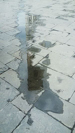 Florence Water Reflection Wet Cracked No People Day Outdoors Full Frame Puddle Landscape Flood Nature Eyesight rain