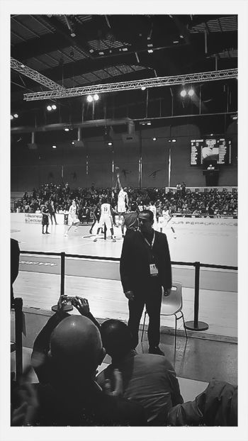 Basketball Game Paris Villeurbanne Oklm