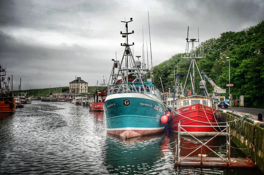 Aquarius 2 sort of brightens up a grey day TheVille Hdr_Collection EyeEm Best Edits Water_collection