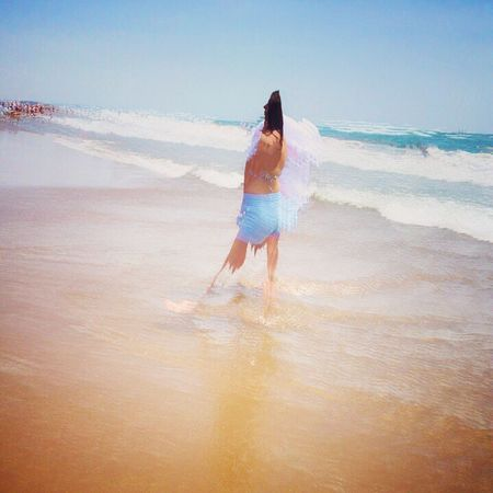 Playa! Beach Sea Real People Shore Sand One Person Nature Water Lifestyles Ankle Deep In Water Full Length Leisure Activity Rear View Standing Wave Beauty In Nature Outdoors Scenics Horizon Over Water Sky