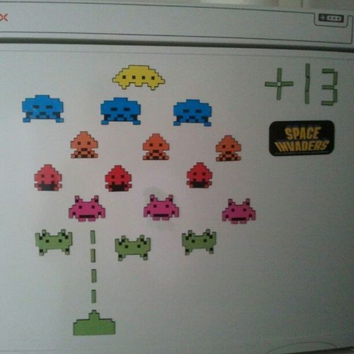 Regalazo de cumpleaños. #iman #magnet #frikada #spaceinvader #frigorifico #fridge Fridge Spaceinvader Magnet Frigorifico Iman Frikada
