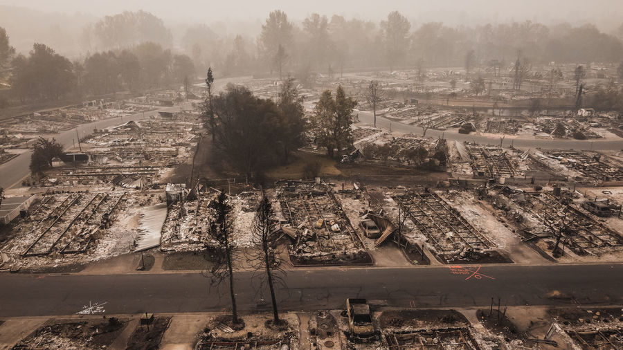 Forest fire destroys many people's mobile homes after wildfire blows through oregon.