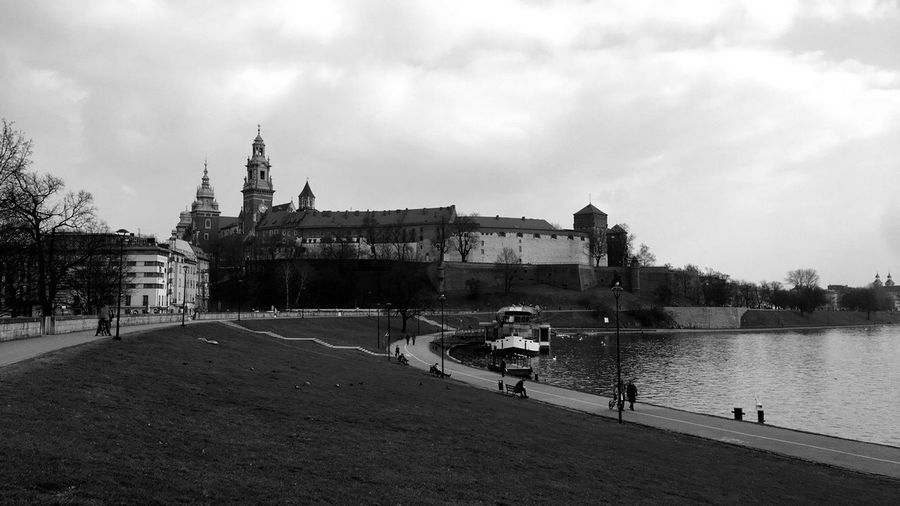 Wawel  Castle Poland Cracow For The Colorful F4F