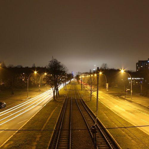 Night_fog ,Nacht ,Nebel ,Berlin ,lichter,straße,street,straßenbahn,gleise,scheinwerfer