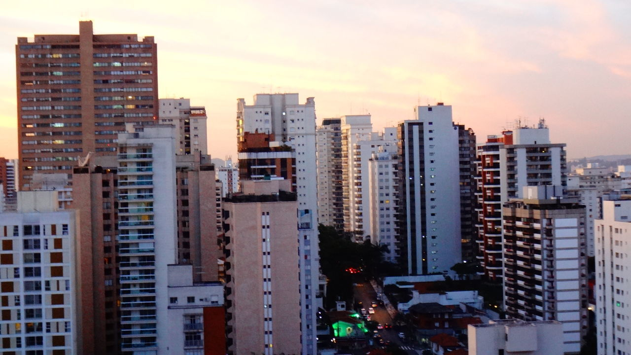 architecture, city, building exterior, skyscraper, built structure, cityscape, outdoors, no people, city life, sky, tall, day, road