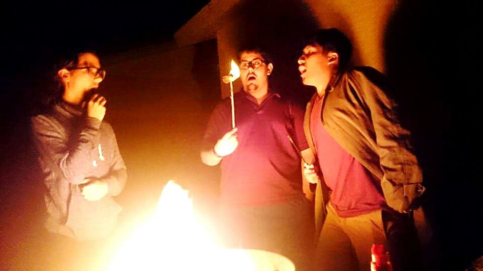 S'mores Firepit Grill Outside Fire Chocolate Marshmellow Grahamcrackers Fireplace Bright Surprised Burning S'more On Fire Funny Interesting Fun Time Hanging Out With Friends Fun Funtimes Surprised Face Surprised Face Lol Goofy Fun With Friends Fun With Fire