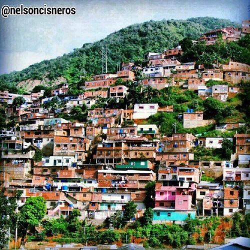 Humildad en la carretera vieja Caracas la Guaira Venezuela urbangangfamily igersvenezuela igerscaracas