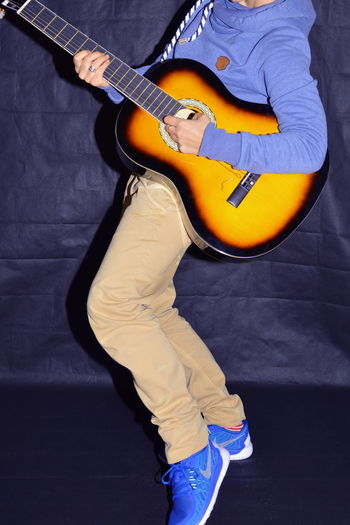 Guitar Casual