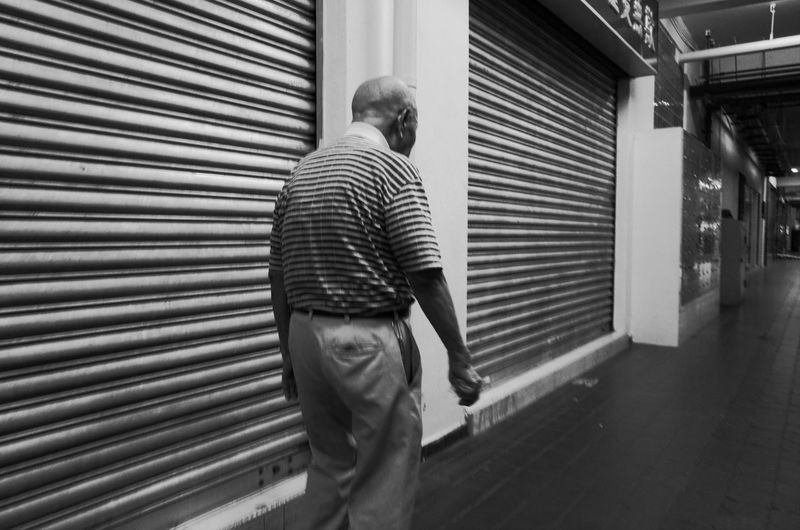 Lines Showcase March Taking Photos Streetphotography Blackandwhite Walking Elder Slow