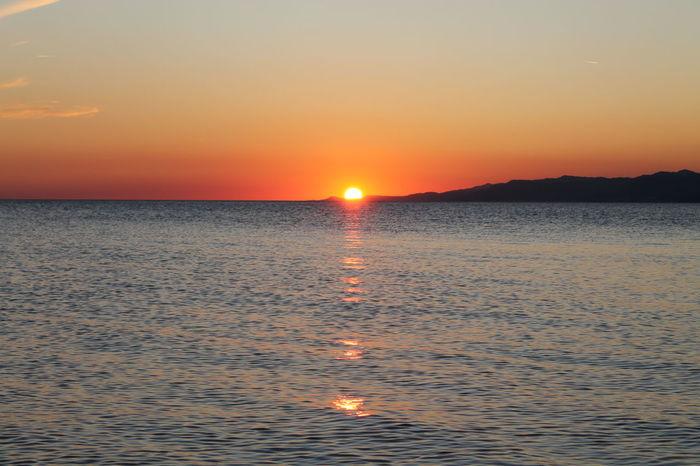 Spokój Zachód Słońca EyeEmNewHere Günbatımı 🌅 Sonnenuntergang Beach Beauty In Nature Horizon Over Water Idyllic Morze 🌞🌊 Nature No People Orange Color Outdoors Reflection Scenics Sea Sky Sun Sunset Słońce Tranquil Scene Tranquility Water Waterfront