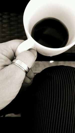 Human Hand Human Body Part One Person One Man Only Holding Only Men People Adults Only Close-up Indoors  Day Coffee Time Coffee Cup Coffee Break Coffeetime Coffee Art Coffeelover Coffee Ring Rings Fingerring
