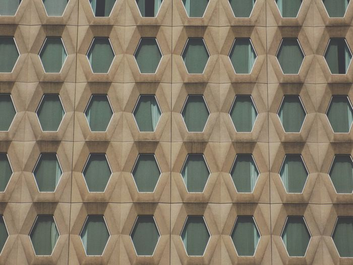 Window Windows Building Exterior Building Hotel Taking Photos Taking Pictures Backgrounds Full Frame Pattern Textured  Close-up Repetition Shape Hexagon Exterior Honeycomb Window Frame Office Building Hotel Room Luxury Hotel Residential Structure Seamless Pattern Geometric Shape In A Row Side By Side Mosaic Square Shape