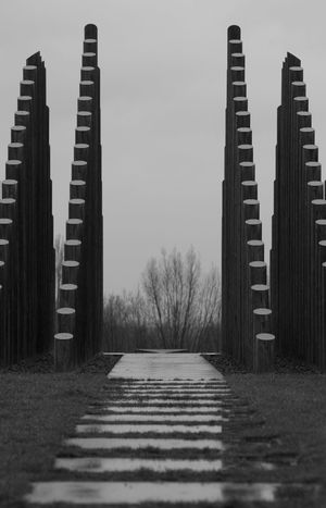 Monochrome Blackandwhite Symmetrical Symmetry NoPeopleAround Shapes And Forms Naturallight Silence Silent Moment