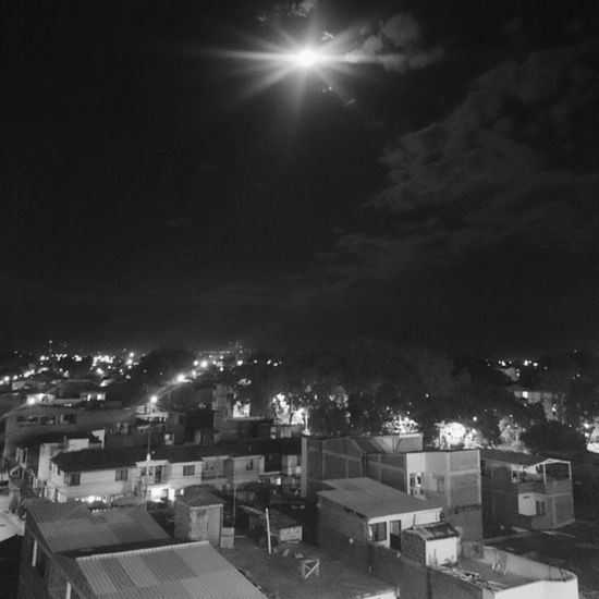 Taking Photos Enjoying Life Blackandwhite Good Night The Moon CaliColombia Sky And Clouds