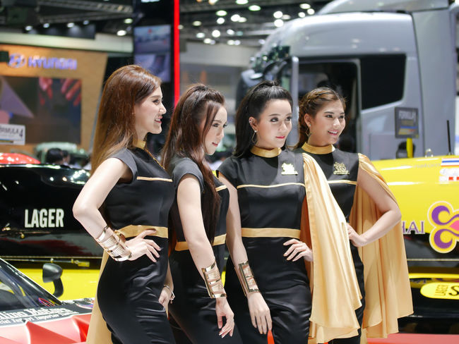 dec.3 2017 thailand motor expo 2017 impact challenger Motor Show Singha Beer Beautiful Woman Friendship Lifestyles Motor Expo Pretty Pretty Girl Real People Singha Standing Women Young Adult Young Woman Smiling Young Women Young Women Portrait Human Face Beautyful Woman Beautyful Women