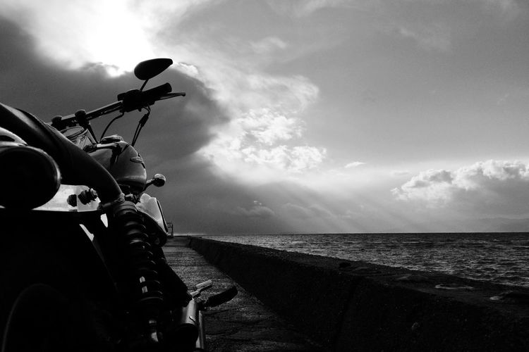 Black & White Bw_ Collection Hello World Blackandwhite Black And White Photography EyeEm Gallery Motorcycles Harley Davidson Motorcycle Monochrome