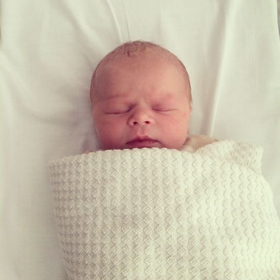 New born baby Babies Only Baby Babyhood Childhood Close-up Cute Day Eyes Closed  Fragility Front View Headshot Home Interior Indoors  Innocence Lifestyles New Life Newborn One Person People Real People Relaxation Sleeping