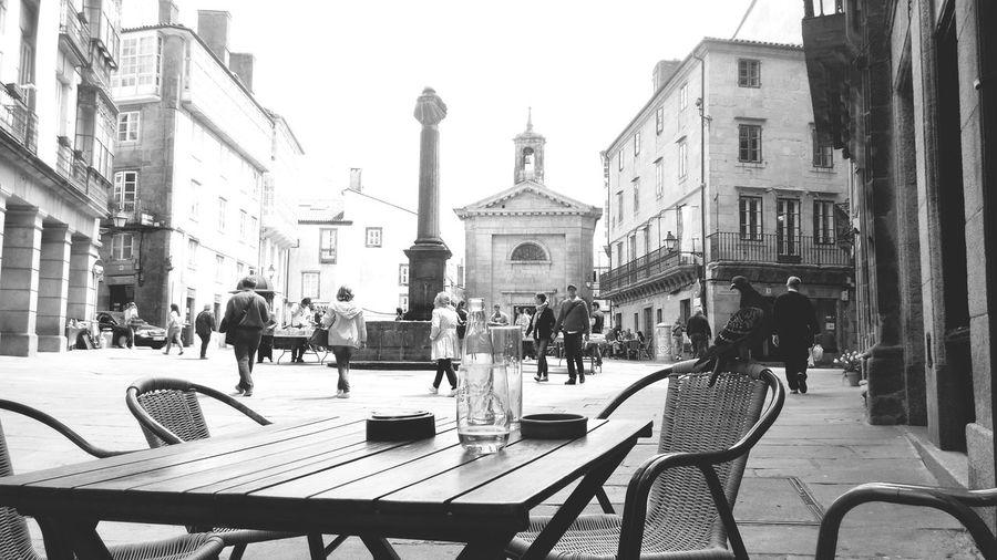 Santiago de compostela Santiago De Compostela Compostela Pigeon Paloma Terraza De Un Bar Oldtown Sacred Places Galicia