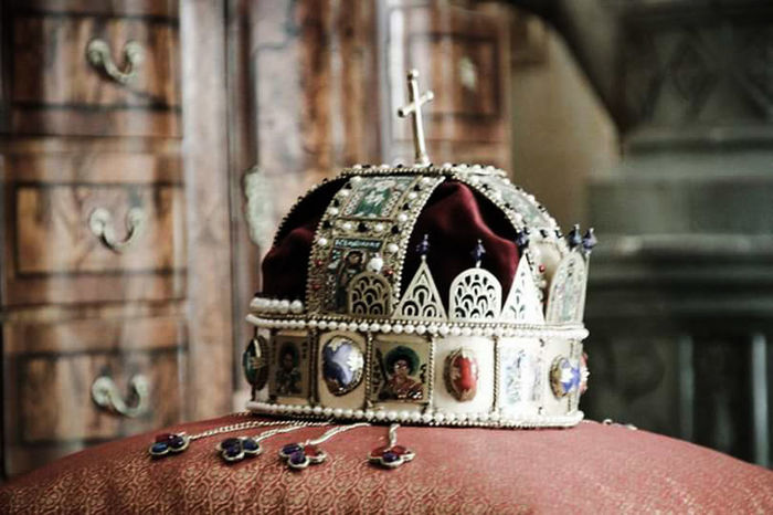 Slovakia Betliar Betliar Castle Crown Royal Crownroyal Queen Queen👑 Detail Tradition Royal Enjoying Life Visiting Interior Decorating Taking Photos Hello World Photography NiceShot Famous Place
