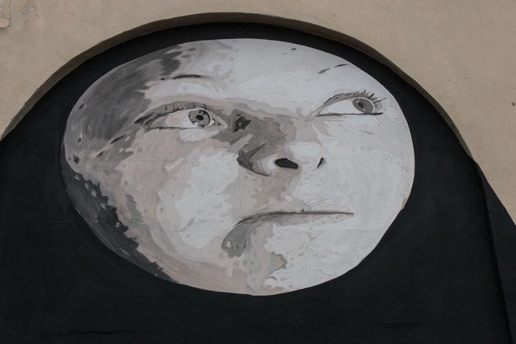 Moon Street Art