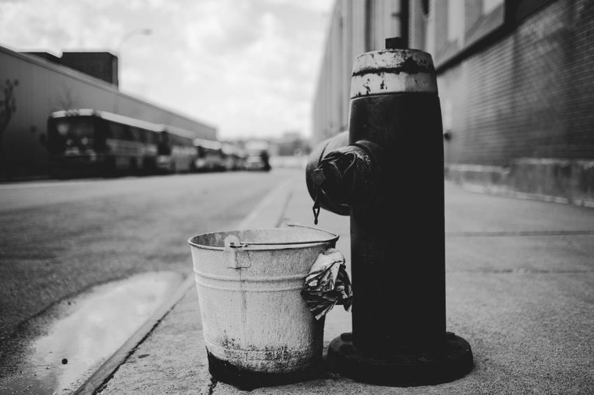 Firehydrant Bucket Streetphotography EyeEm Best Shots Eye4photography  Taking Photos Enjoying Life Canonphotography New York City NYC Photography NYC Street Site Seeing Everything In Its Place Pitstop