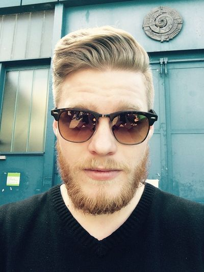 Model That's Me Today's Hot Look Beauty Beard Hipster Hanging Out Boy Enjoying Life Me