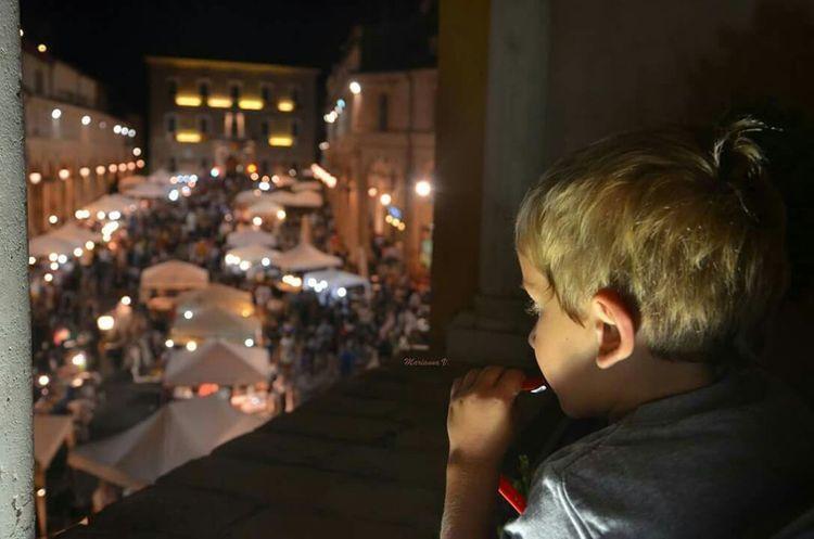 Babyboy Mercatino Summernight Waching Reflex Colonne Biblioteca Spezioli Bokeh Bokeh Lights