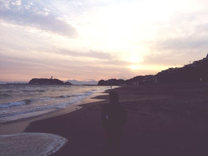 Kamakura Japan Sea Shore Backshot Sunset And Sea Sunset Beach One Person Sand