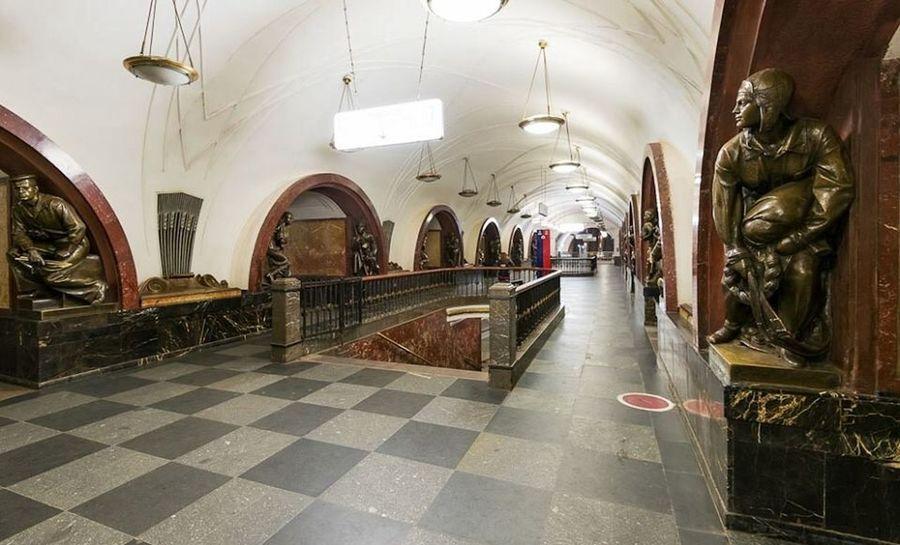 Love ♥ hi] Moscow Metropolitan Ploshcad Revolutsii Check This Out Rus 🇷🇺