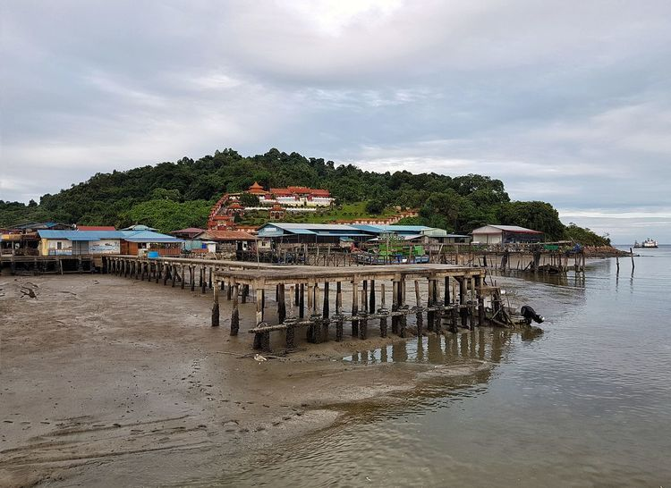 Muara Tebas , Kuching, Sarawak Muara Tebas Malaysia EyeEm Muara Tebas Travel Amazing Destination Tourist Destination Travel Photography Island Living Borneo Land Sky Water Beach Nature Architecture Built Structure Sand Cloud - Sky Sea Day Outdoors Fishing Industry Building Building Exterior
