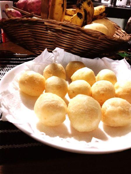 pão de queijo mineiro,feito por mim mineirinha que sou uai! Dumpling  Dim Sum Chinese Dumpling Appetizer Chinese Food Stuffed Basket Plate Close-up Food And Drink
