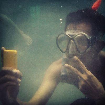 MAINAN HAPE TERUS NGGAK BIKIN KENYANG JACK! SELFIE PAKE KAMERA DEPAN DAH CUKUP. Selfie Underwater Peace Snorkling