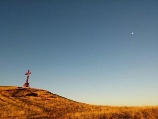 Check This Out Taking Photos Enjoying Life Wallpaper Croce Moon Beautiful Beautiful Sky Wind