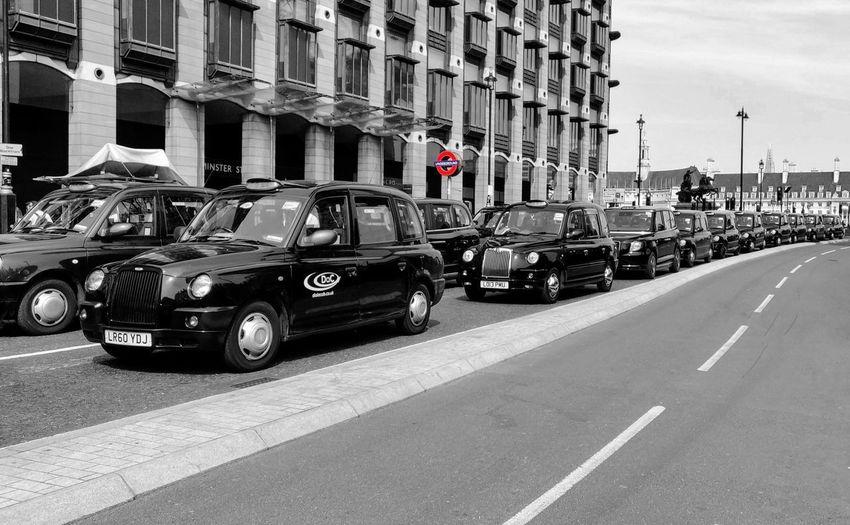 taaaaaaxi Photowalktheworld Oneplus6photography Uk London London Taxi Black Cab City Land Vehicle Car Road Architecture Building Exterior Road Marking Vehicle Traffic Traffic Jam