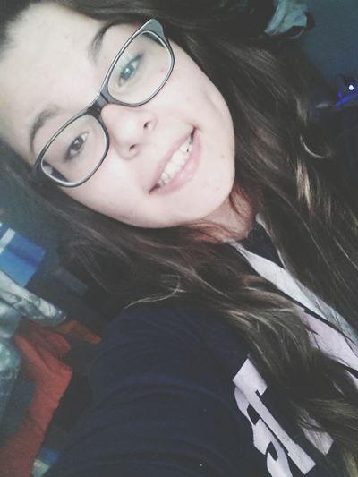 Puedo quererte mucho, pero más me quiero a mí. Hi! That's Me Hello World