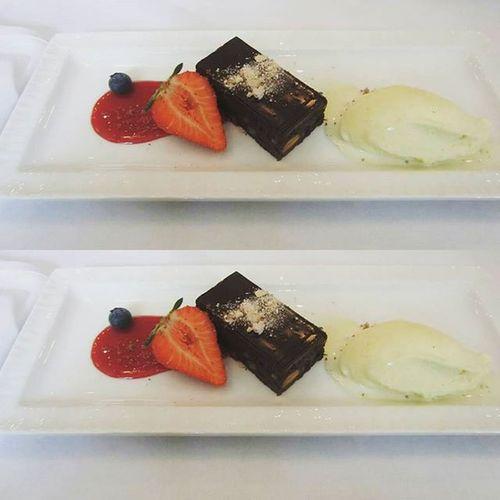 Haat Wedding Rakkaus Love Familyonly Perheenkesken Jälkiruoka Dessert HusLindman Ikuisestikiitollinen 1 .6.2015 Finland Suomi Turku Kesä Summer 2015