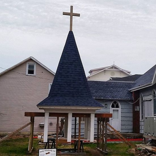 Base is painted, new shingles are on, look forward to seeing it back in its home.... Oceancitycool OceanCity Maryland Ocmd Church Steeple