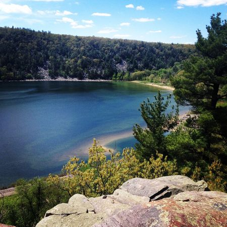 Devil's Lake State Park Water Tree Nature Beauty In Nature Scenics Sky Tranquility Outdoors Landscape No People Tranquil Scene Day Built Structure Reservoir Architecture Seashore Miles Away