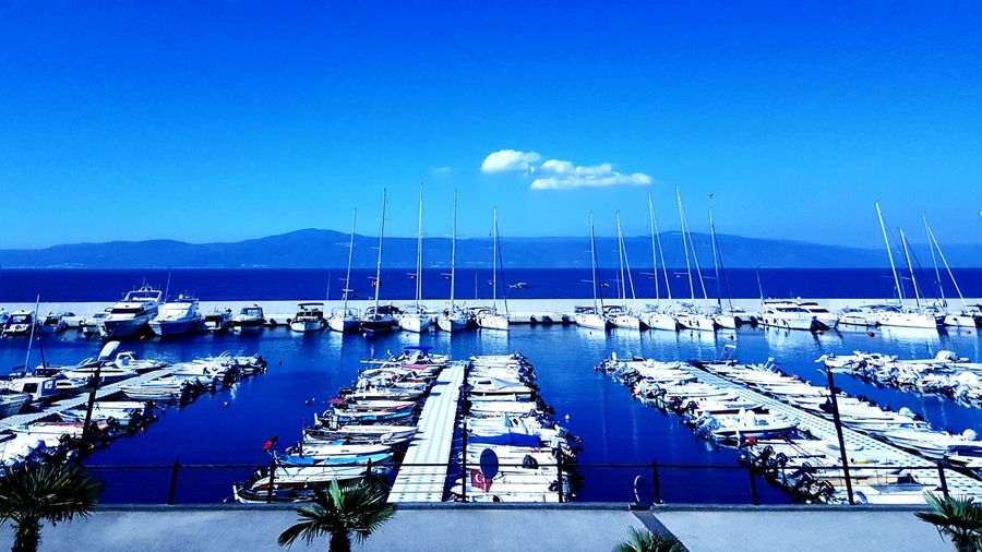 Relaxing Fresh Air Yacht Rock Blue Sea Sea And Sky Seaside Marina Sailing Fishing Boat Boat Bluesky Blue Water Blue Sky White Clouds Blue Water Blue Sky