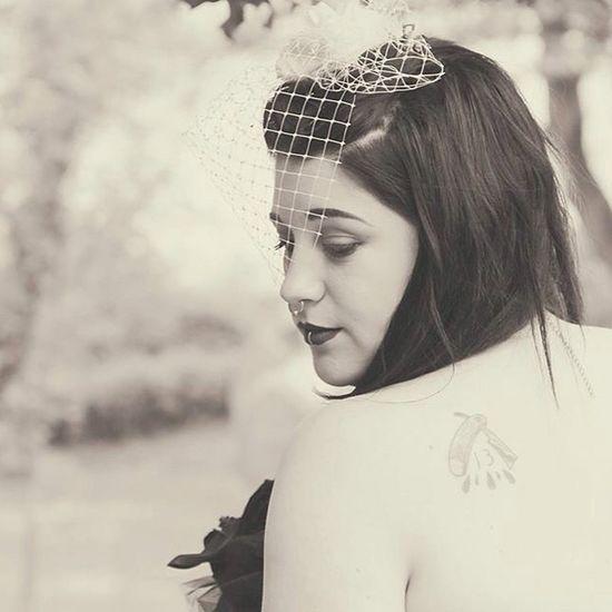 Photo Weddinggown Wedding Gothicbride Tattoos Cutthroatrazor Grunge Girlwithpiercings Model Altgirl Aliceinwonderland Photoshoot Soft Roses Girlwithgauges