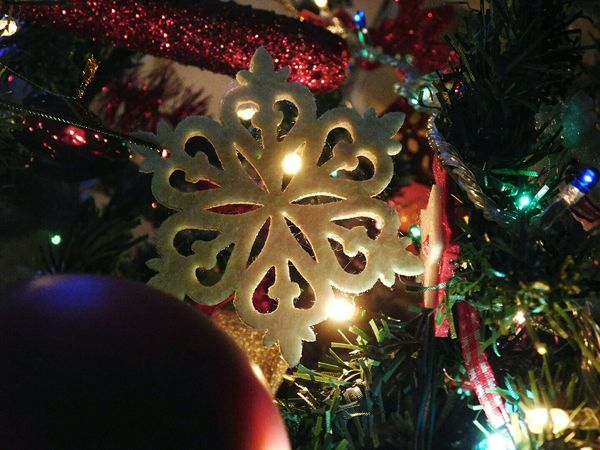 Christmas Tree Christmas Illuminated Tree Christmas Decoration Celebration No People Christmas Lights Christmas Ornament Tradition Close-up Multi Colored Night Outdoors Snowflake Lighting Equipment