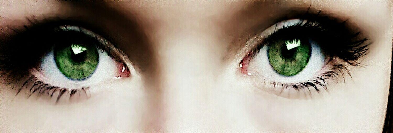 Mal grün mal blau mal grau. Je nach Stimmung. Taking Photos That's Me My Eyes