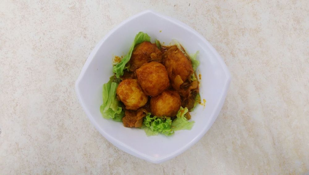 Food And Drink Food Freshness Indoors  Plate Healthy Eating High Angle View Close-up Ready-to-eat Heap Indulgence Serving Size Meal No People Appetizer Curry Fishball Temptation Cooked Elevated View Elevated Dish